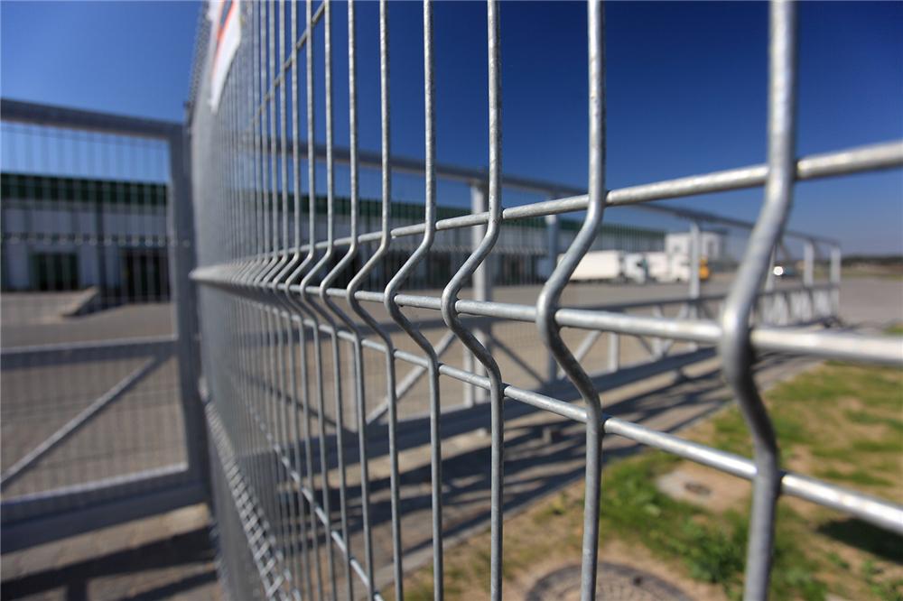 Günstige Preis 3D Falten geschweißte Mesh Zaun Panel Factory