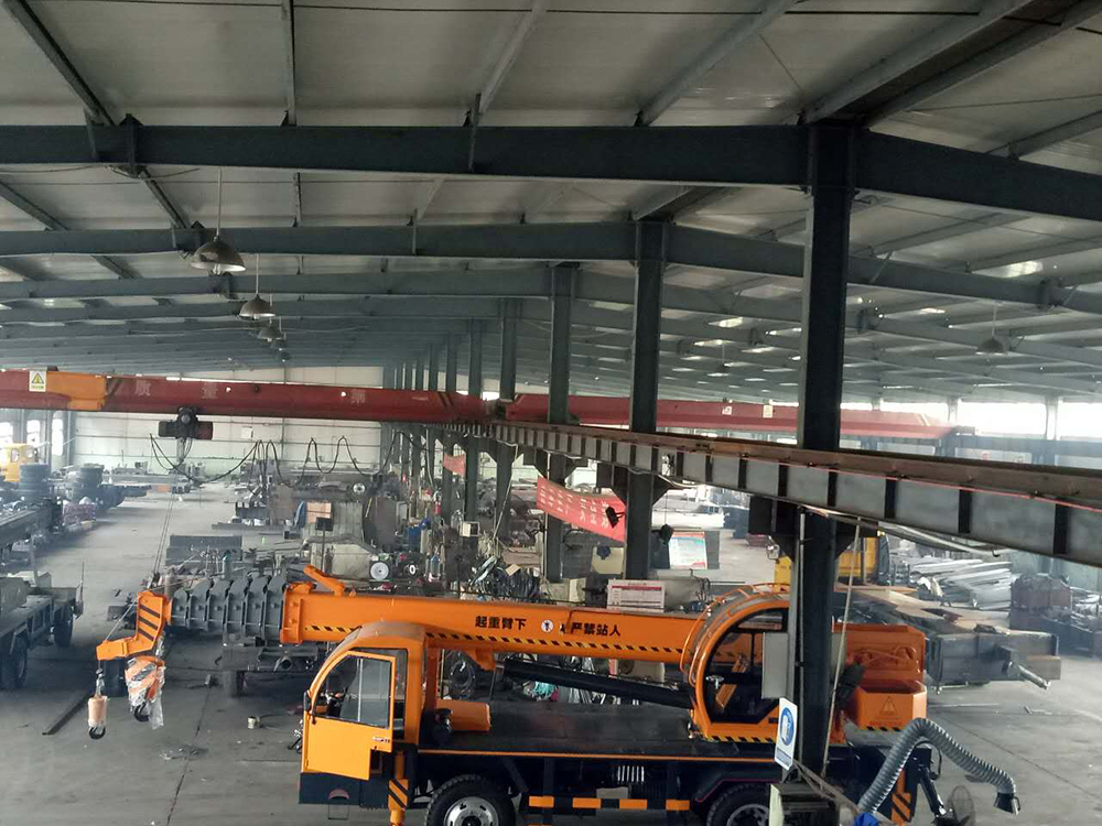 crane workshop