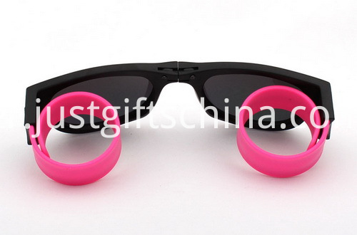 Clap ring glasses (1)