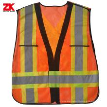 Ropa de seguridad industrial de alta visibilidad.