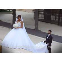 De alta calidad de lujo Puffy Sweetheart vestidos de novia China larga cola de encaje vestido de novia vestidos de novia 2016 CWF2349