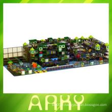 2015 Nouveau design grand terrain de jeux intérieur