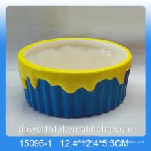 Bol de fruits en céramique coloré pour décoration intérieure