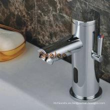 Mezclador de lavamanos con sensor en frío y en caliente (Qh0135ba)