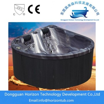 Horizon outdoor spas and hot tubs