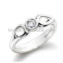 Кольцо с бриллиантами из серебра 925 пробы
