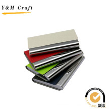 Portatarjetas de metal con cuero en la parte superior para los negocios