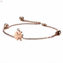2017 charmes de trèfle à quatre feuilles rose or pendentif hotwife bracelet cheville avec des cloches