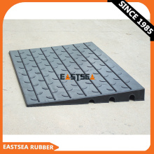 Portable Curb Ramp Hdpe, Black Container Access Ramp