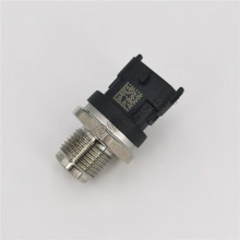Fuel Injection Pressure Sensor 0281002937 for Ford Volvo