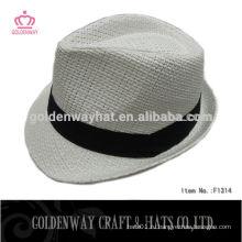 Дешевая белая шляпа Fedora с черной полосой