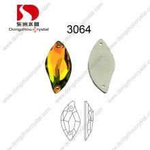 La venta al por mayor de China alta refracción sin plomo cortó el cristal Flatback flojo decorativo de la máquina para el vestido de boda