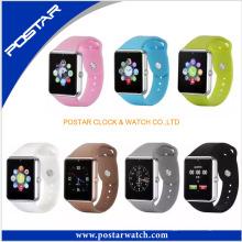 Montre intelligente multifonctionnelle élégante de mouvement de montre intelligente de couleur de bonbon