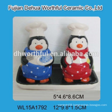 Ceramic salt & pepper shaker with tray