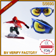 S5690 New 2015 Designed No Brand Imitation Sports Skiing Safety Goggles Made in China