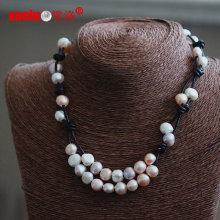 Великолепная мода натуральной кожи пресной воды Жемчужное ожерелье оптовой (E130153)