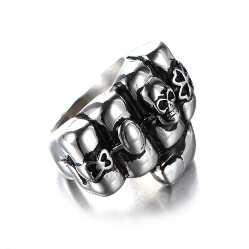 fist skull ring