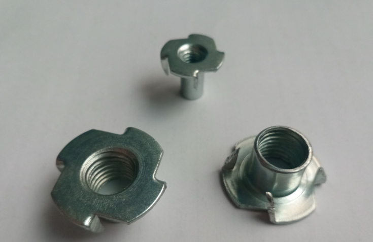 four jagged TEE NUTS FOR WOOD