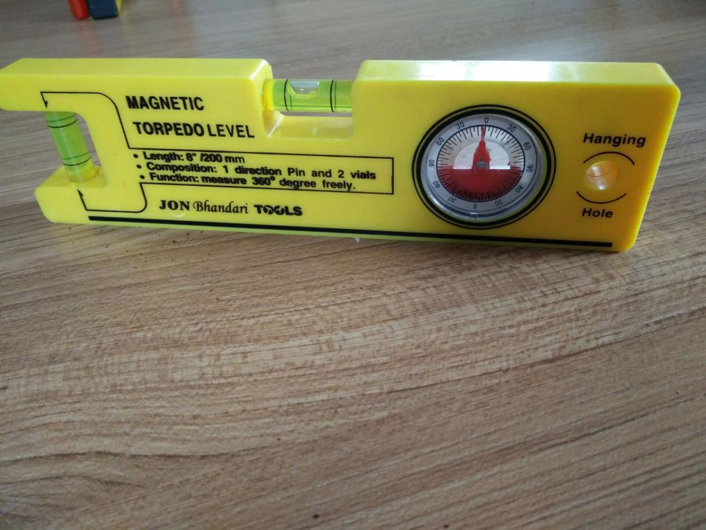 precision spirit level