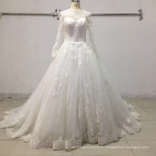 Robe de mariée en dentelle à manches longues