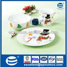 El desayuno de la porcelana de las mercancías de la fiesta 3pcs fijó con el tazón de fuente y la placa y la taza para el uso diario de los niños