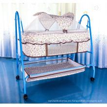 Cama de bebé cuna simple con mosquitero