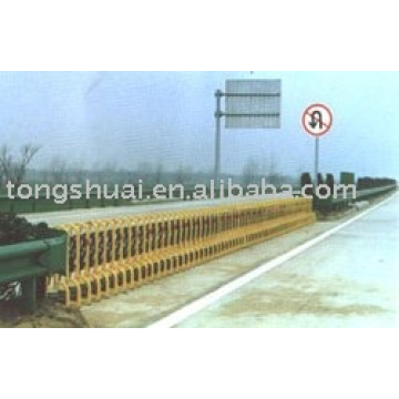 extension door (TS- highway fence - 6)