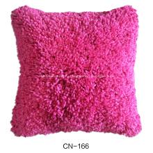 подушки с различным дизайном