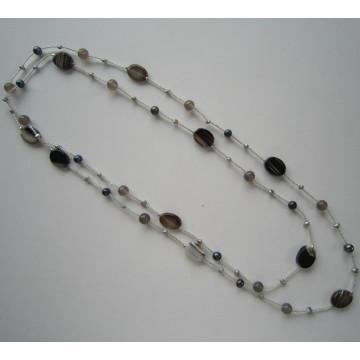 Collier à cordes nouées à la main avec perle d'eau douce et pierre