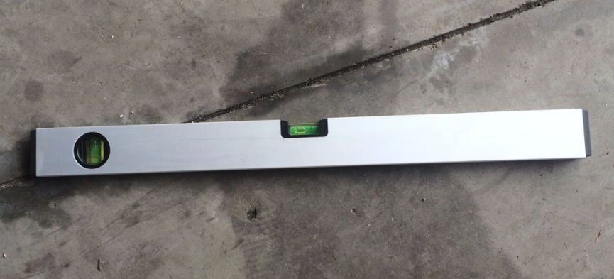 spirit level ruler