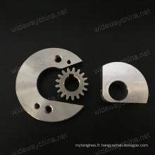 Top Precision All Type de pièces en aluminium de la machine à lames CNC pour l'utilisation de l'équipement industriel, petit lot accepté, livraison à temps