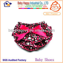fashionable colorful heart print ruffled fancy girl baby bloomers
