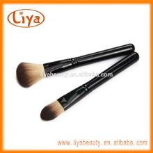 Liya Schwarzer Kunststoffgriff Kabuki Makeup Face Brush für Kosmetik