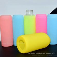 Douille moulée adaptée aux besoins du client de bouteille d'eau de verre de silicone moulée par coutume
