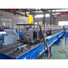 Clavija de metal de alta calidad y la pista que forma la máquina