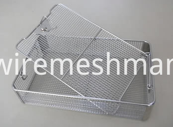 welded-mesh-instrument-tray-with-covers