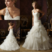 WD2821 Organza ruffled crystal embellished wedding gowns beaded bridal dressone shoulder wedding gown