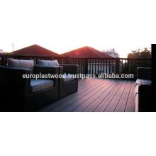 El mejor diseño para la cubierta de madera del piso del plástico con la producción a gran escala en Vietnam