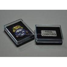 Caja plástica con diverso Pin