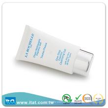 Soins cosmétiques en plastique ovale en plastique avec tamisage à vis