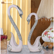 christmas beautiful gifts Romantic luxury couple resin swan polyresin figure elegant design