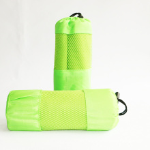 China Supplier Microfiber Suede Sports Towel With Pocket