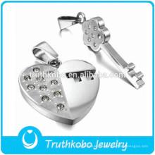 Matel Jewelry Factory À La Mode En Acier Inoxydable Cassé Amant Couple Pendentif Coeur Médaillon Plaine CZ Pendentif En Pierre