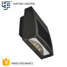 Precio competitivo de la fábrica Vale la pena comprar la mejor luz de pared al aire libre llevada solar de la venta 50w