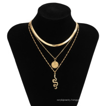 Creative snake-shaped micro-inlaid snake bone chain sweet and cool street style pendant necklace