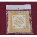 Característica cuadrada del mantel del cordón del oro del PVC de la forma 12.5 * 12.5cm Oilproof / impermeable y boda