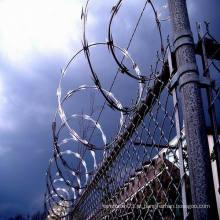 Preço competitivo Razor Barbed Wire Mesh