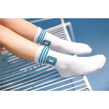 Little Girl Cute Cotton Meias Letra Socks com Lovely letras bonitos no punho Fashion Look Socks