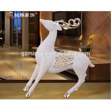 Proveedor de China decoración del hogar decoración del jardín artes y artesanías resina ciervo animal estatuilla