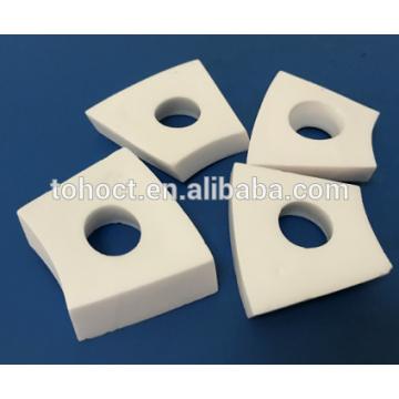 Placa de cerámica del azulejo del ladrillo del zirconia de la esteatita de cerámica del aislamiento eléctrico con los agujeros
